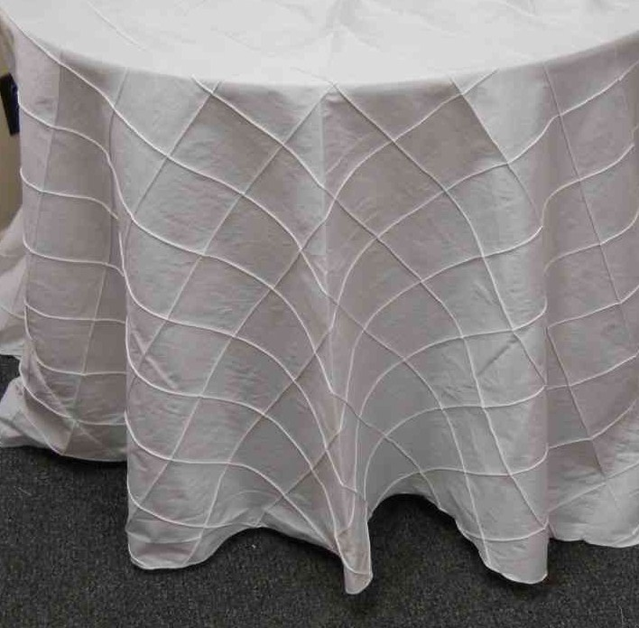 "4-inch Pintuck Taffeta Tablecloth (132"" Diameter, White) 00026"