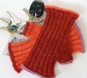 Gaudy Gloves Knitting Pattern