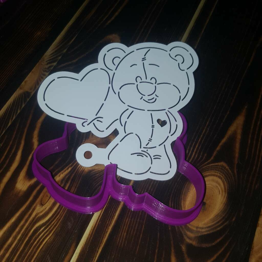 "Форма для пряника ""Медведь с шариком"" 10х9,5 см с трафаретом"