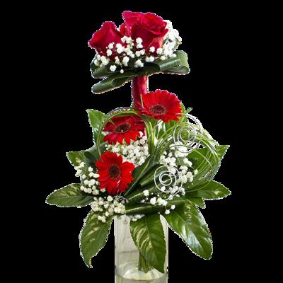 3 červené ruže s gerberami