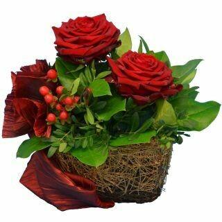 Košík s červenými ružami Ja a Ty