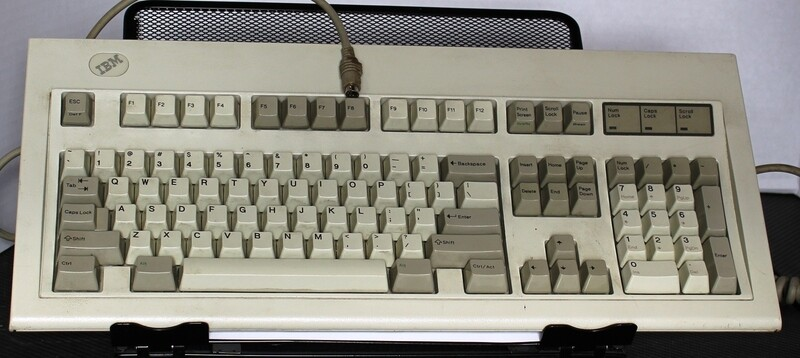 IBM 1394540 RS/6000 Keyboard