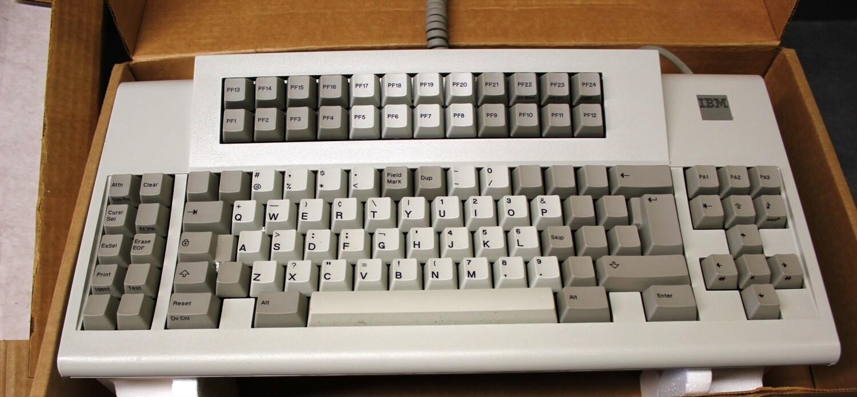 IBM 09F4231 Data Entry Keyboard, NIB (Unsaver)