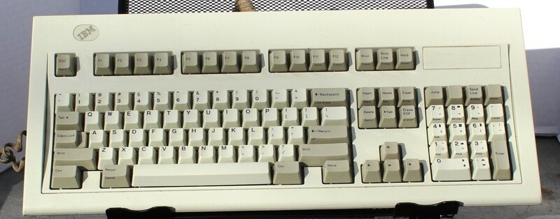 IBM 1392595 Model M Keyboard for 3151 Terminal