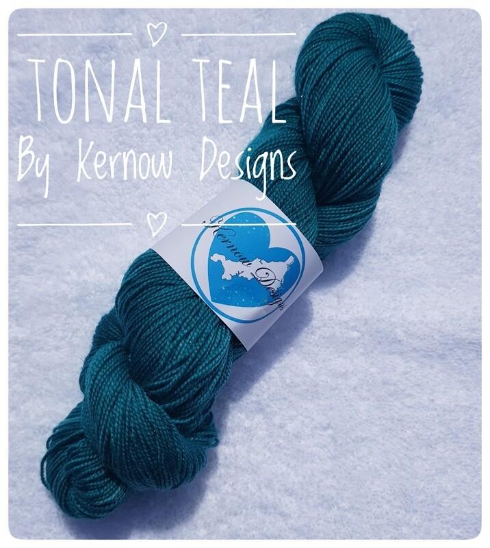 Tonal Teal