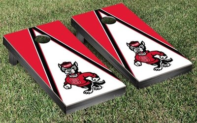 NC State Cornhole Game Set - Triangle Mr. Wolf