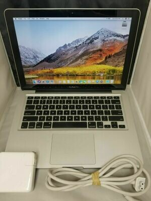 MacBook Pro 13inch 17 500gb Solid State 16GB