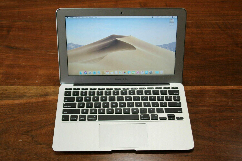 MacBook Air 11inches 8GB RAM 256GB