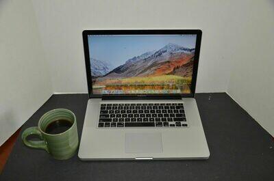 MacBook Pro 13inches 4 GB RAM 256GB SSD