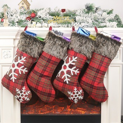 Plaid/Faux Fur Stockings Without Snowflakes