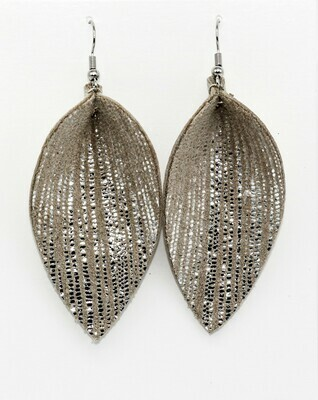 METALLIC SILVER STRIPES PINCHED LEAF EARRINGS