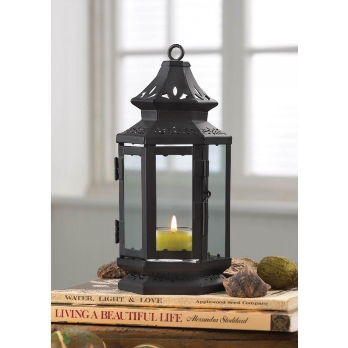 SMALL BLACK STAGECOACH LANTERN
