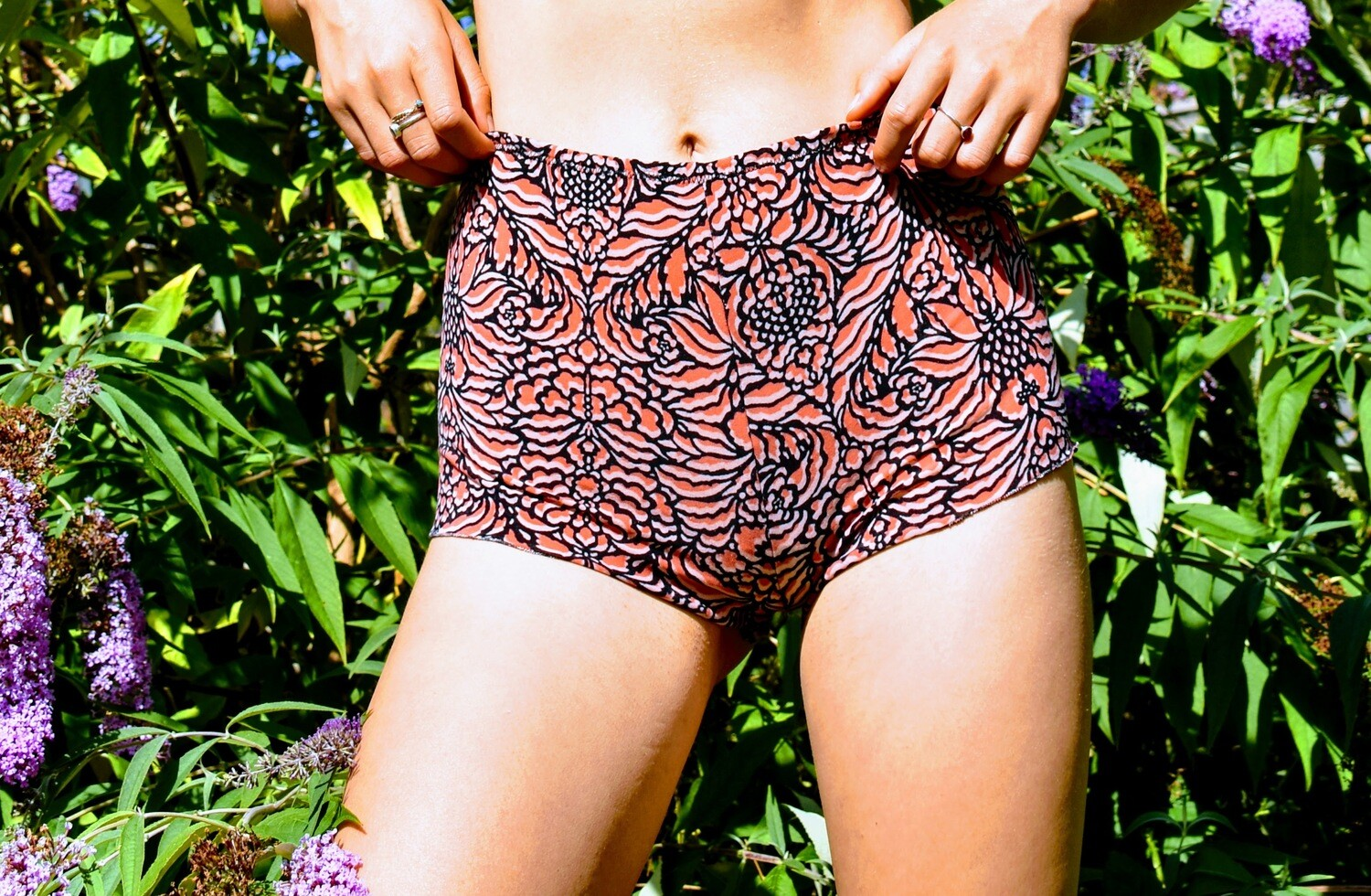 Tropical coral high waist pole shorts