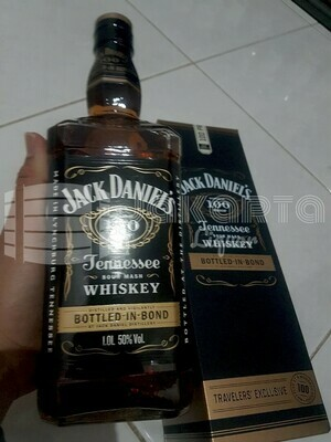 Jack Daniels Bond 1L (50% ABV)