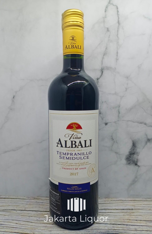 Vina Albali - Tempranillo Semidulce
