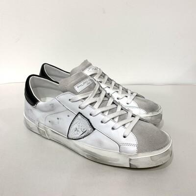 Sneaker pelle e camoscio vintage PHILIPPE MODEL dettagli neri e metal Col. Bianco