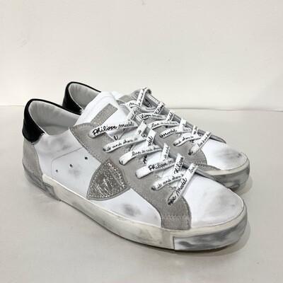 Sneaker pelle vintage Limited Ed. suola metal e dettagli neri, laccio logato PHILIPPE MODEL Col. Bianco