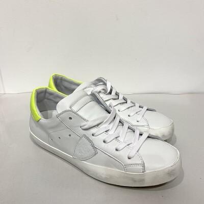 Sneaker pelle vintage PHILIPPE MODEL Col. Bianca dettagli Giallo Fluo'