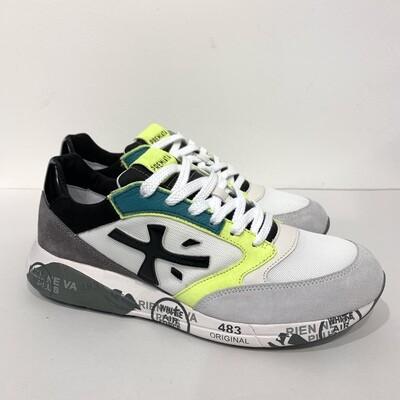 Sneaker Fashion Maxi Fondo, bimaterale, dettagli vernice nera e lime fluo'. PREMIATA Col. Bianco-Nero-Fluo