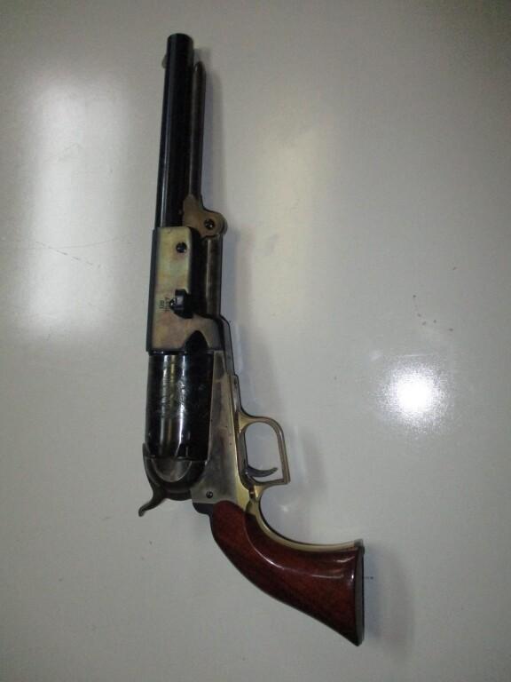 57a Walker-Euberre mod. US 1847 457 cal revolver Black powder with holster ser # A29824