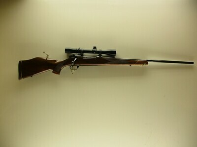 20 Weatherby mod Mark V 300 magnum cal B/A rifle