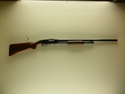 19 Winchester mod 12 12ga pump shotgun