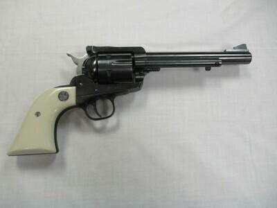 42 Ruger new model Blackhawk 357 magnum cal revolver