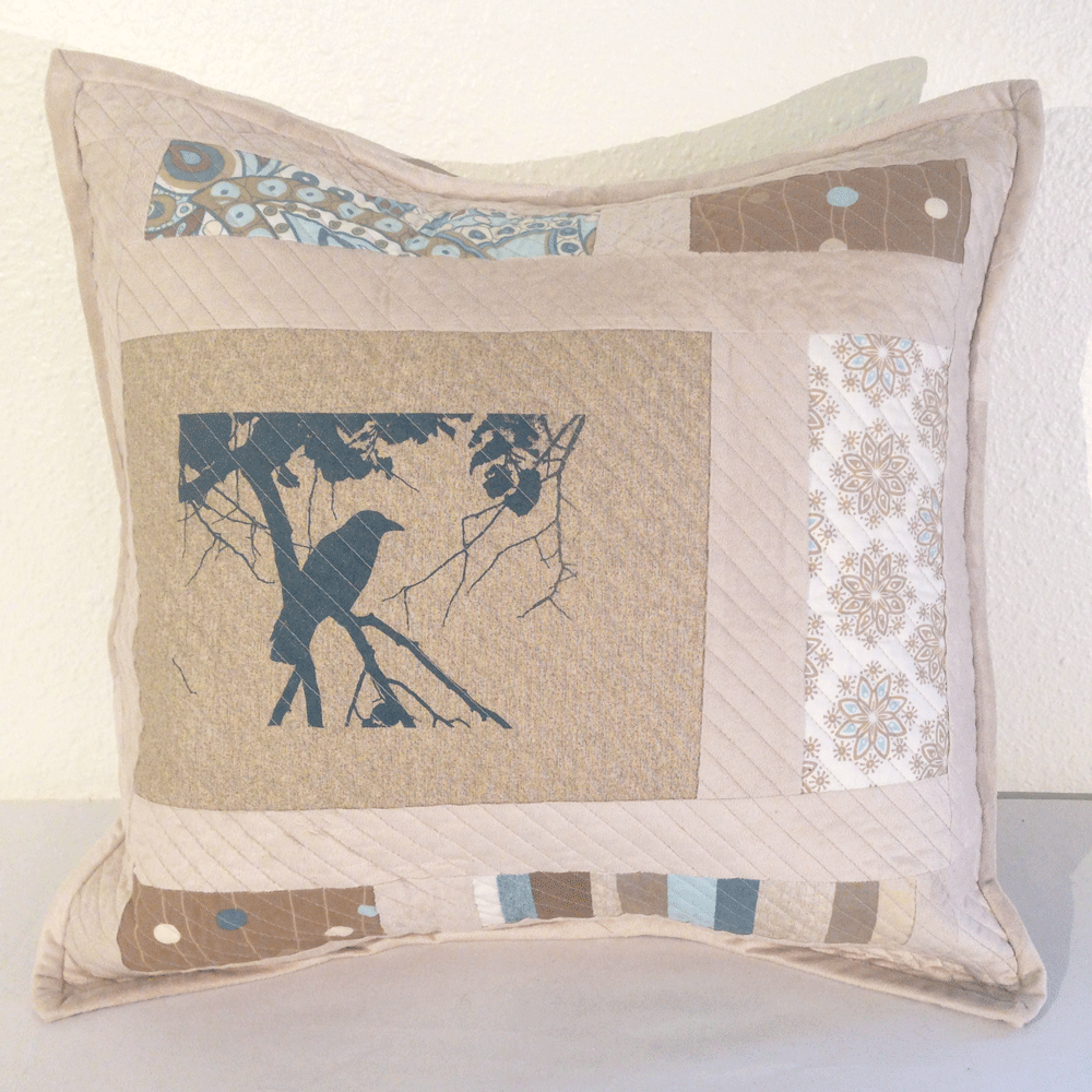Quilted Crow Pillow Cover No.1 HM0012