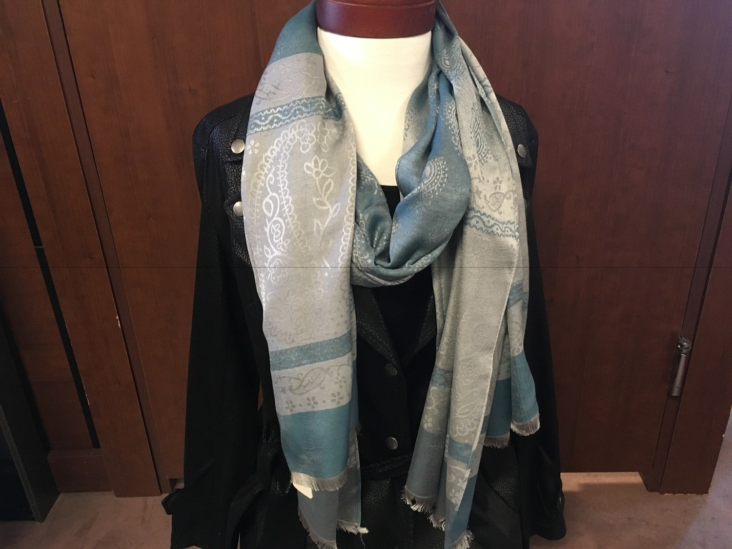 Simply Noelle Blue Chic Floral/Paisley Scarf