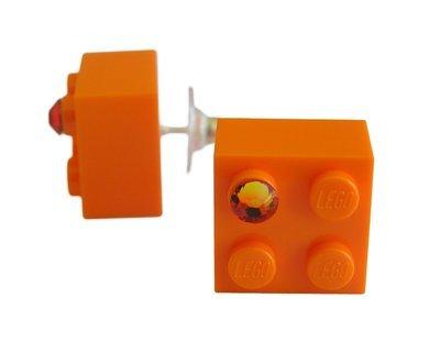 Orange LEGO® brick 2x2 with an Orange SWAROVSKI® crystal on a Silver plated stud/silicone back stopper