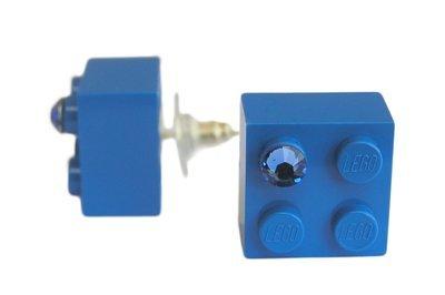 Dark Blue LEGO® brick 2x2 with a Blue SWAROVSKI® crystal on a Silver plated stud/silicone back stopper