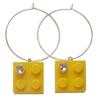 Yellow LEGO® brick 2x2 with a 'Diamond' color SWAROVSKI® crystal on a Silver plated hoop
