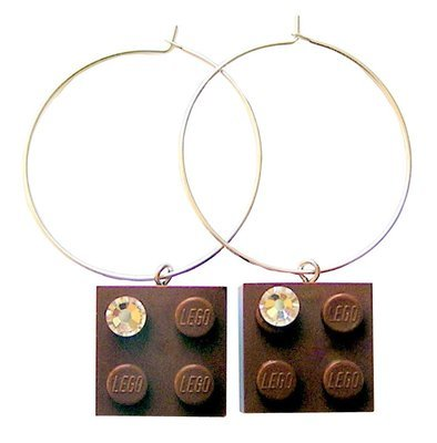 ​Brown LEGO® brick 2x2 with a 'Diamond' color SWAROVSKI® crystal on a Silver plated hoop