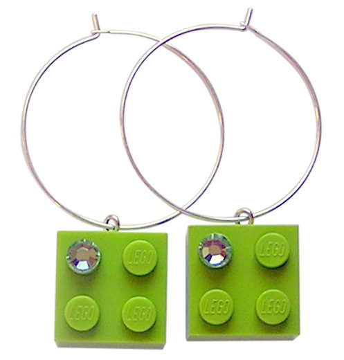 ​Light Green LEGO® brick 2x2 with a Green SWAROVSKI® crystal on a Silver plated hoop