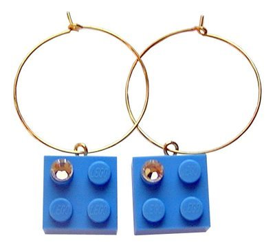 Light Blue LEGO® brick 2x2 with a 'Diamond' color SWAROVSKI® crystal on a Gold plated hoop​