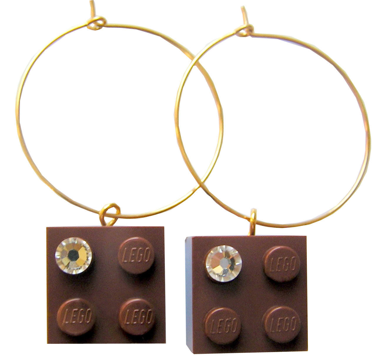 Brown LEGO® brick 2x2 with a 'Diamond' color SWAROVSKI® crystal on a Gold plated hoop