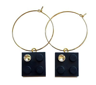 Navy Blue LEGO® brick 2x2 with a 'Diamond' color SWAROVSKI® crystal on a Silver plated hoop