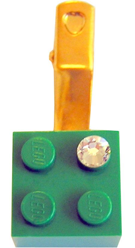 Dark Green LEGO® brick 2x2 with a 'Diamond' color SWAROVSKI® crystal on a Gold plated hair clip (one piece)