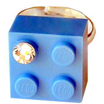 Light Blue LEGO® brick 2x2 with a 'Diamond' color SWAROVSKI® crystal on a Silver plated adjustable ring finding