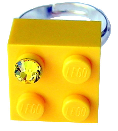 ​Yellow LEGO® brick 2x2 with a Yellow SWAROVSKI® crystal on a Silver plated adjustable ring ​finding