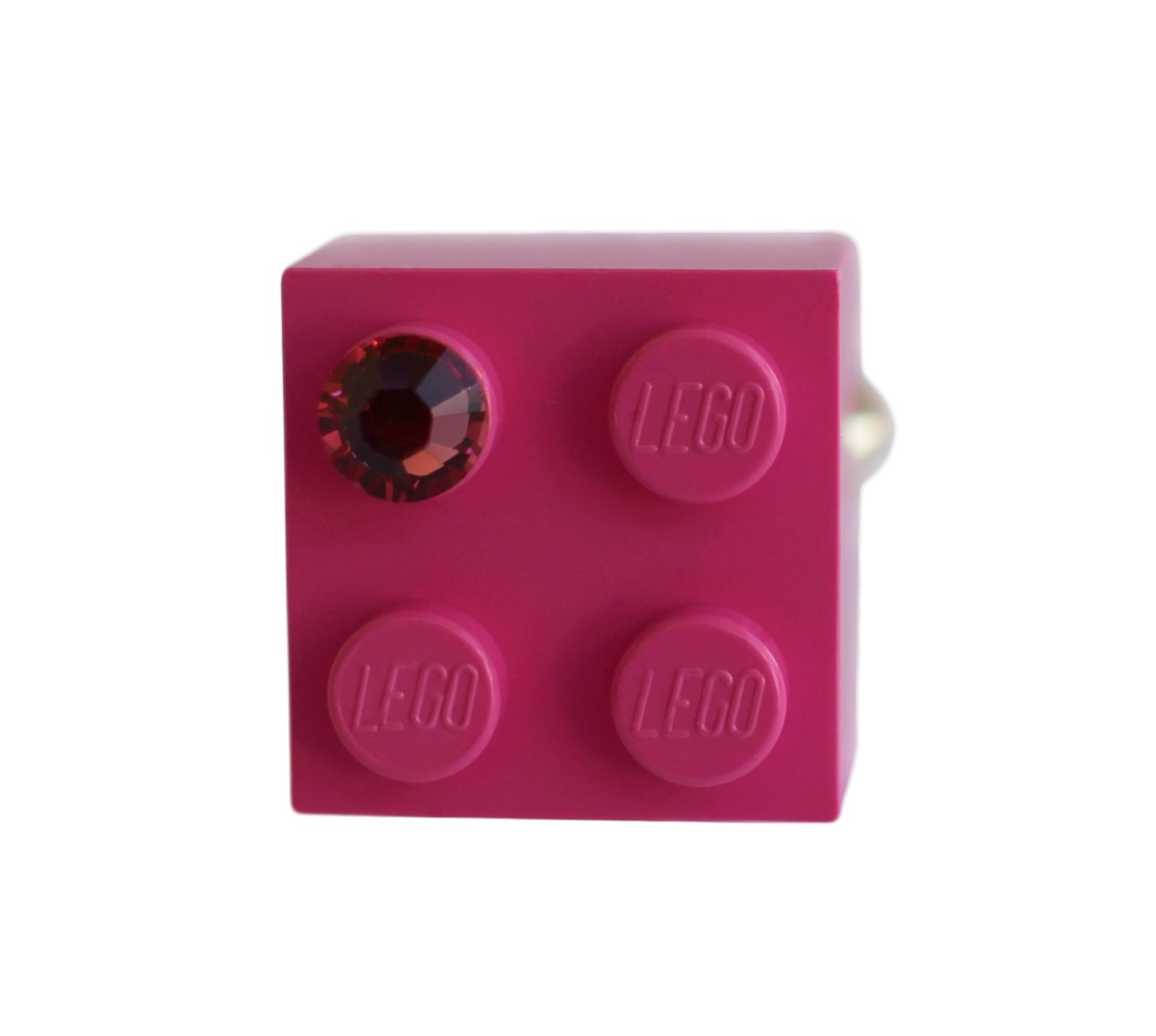 ​Dark Pink LEGO® brick 2x2 with a Pink SWAROVSKI® crystal on a Silver plated adjustable ring ​finding