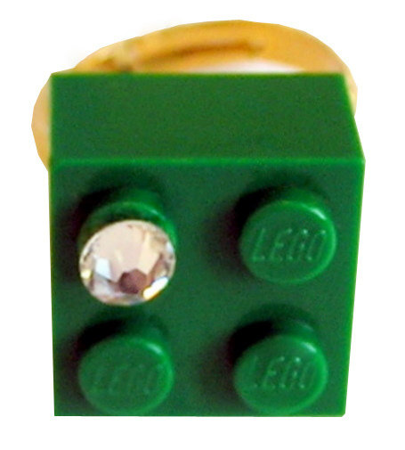 Dark Green LEGO® brick 2x2 with a 'Diamond' color SWAROVSKI® crystal on a Gold plated adjustable ring finding