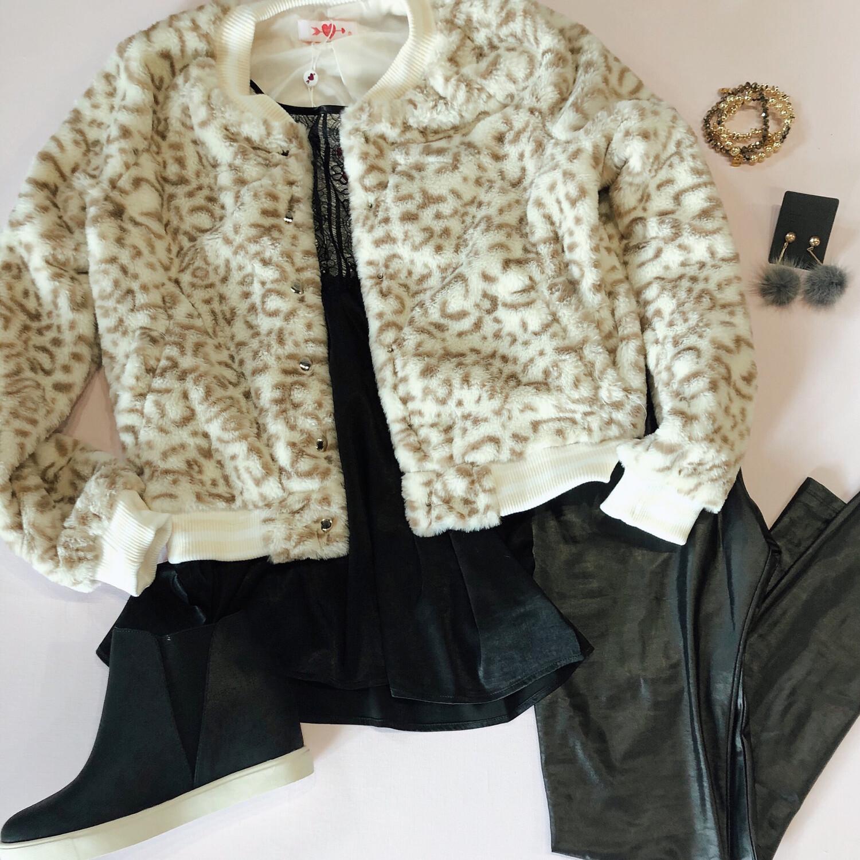 Snow Leopard Bomber