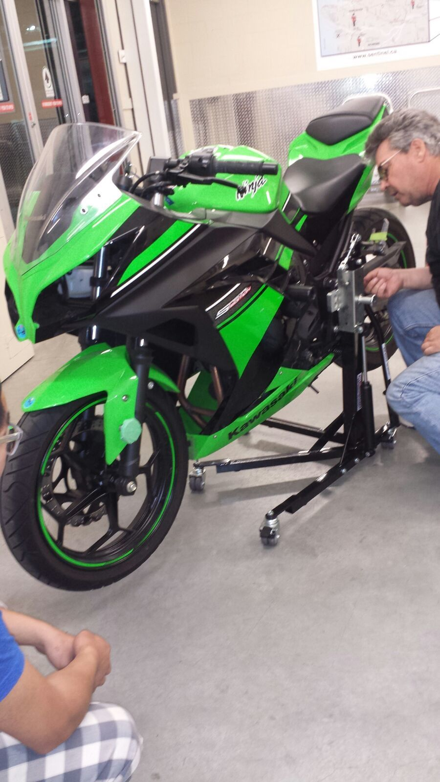 Black Custom, Paddock Style Side Lift Stands Kawasaki Ninja 250R - Ninja 300R Models