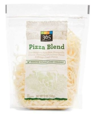 Pizza Cheese, 365® Shredded Pizza Blend Cheese (12 oz Bag)