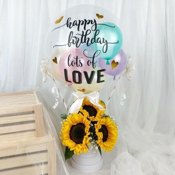 Hot Air Balloon with fresh Flower Bouquet