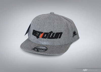Snap back hat solid heather
