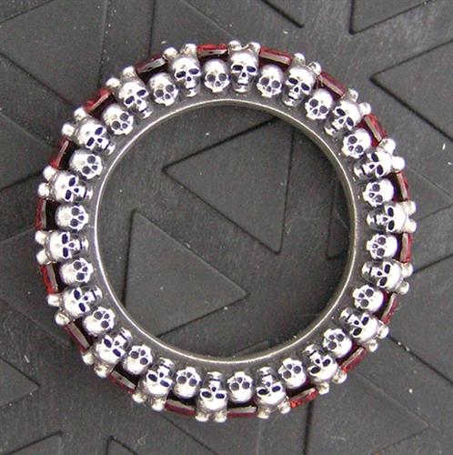 Skullternity Band ring with Garnets