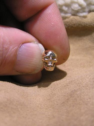 Pair Skull earring 14k