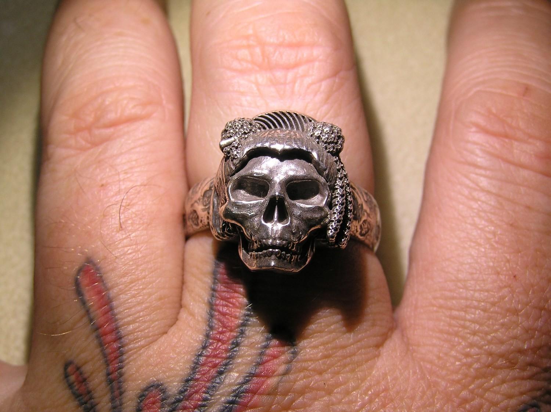 Dead Geisha skull ring